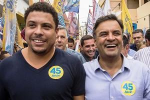 Aécio e Ronaldo percorreram as ruas de Osasco e Carapicuíba neste sábado