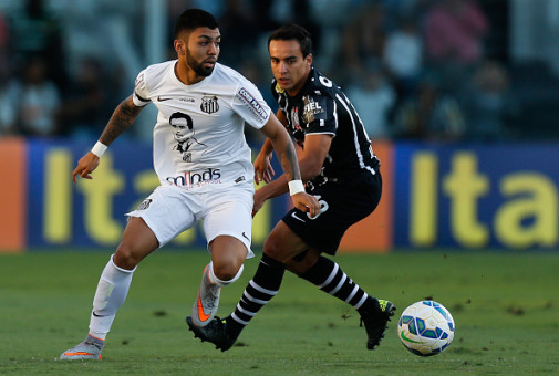 Santos v Corinthians - Brasileirao Series A 2015