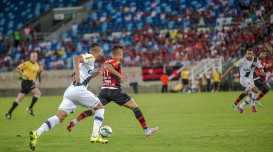 CV_Vasco-e-Flamengo-Arena-Pantanal-Brasileira-2015_280620150001-850x474